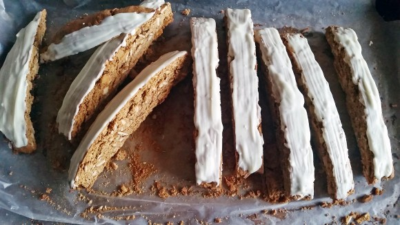 Gingerbread biscotti2
